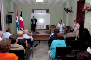 Participantes en la formalización del convenio