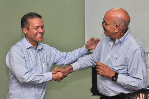 El Sr. Rafael Núñez, Secretario de Estado de la República Dominicana y Antonio Moltó, Director del Instituto