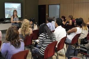 Conferencia impartida por Magda Resik