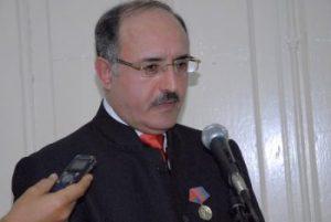 Ghassan Ben Jeddou, presidente de la cadena televisiva Al Mayadeen, momentos después de recibir la distinción Félix Elmuza (Foto: Yoandry Avila Guerra)