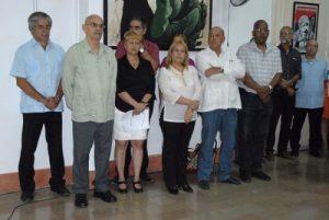 Directivos de medios de prensa e integrantes de la Presidencia de la Upec participaron en la ceremonia (Foto: YAG)